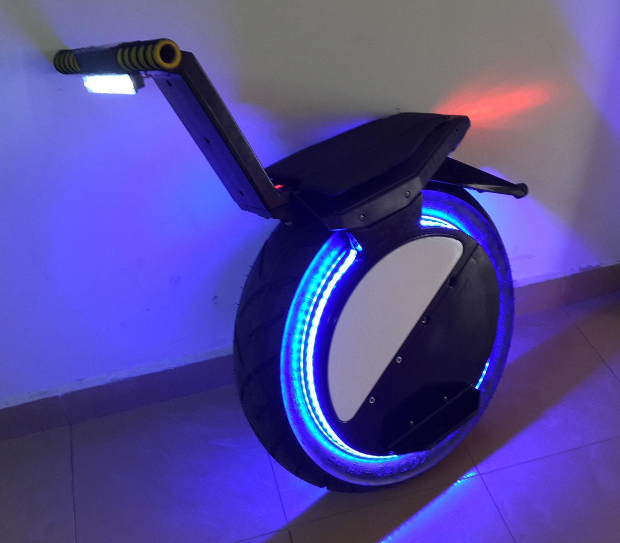 kit d clairage bande led pour one wheel kit v lo lectrique. Black Bedroom Furniture Sets. Home Design Ideas